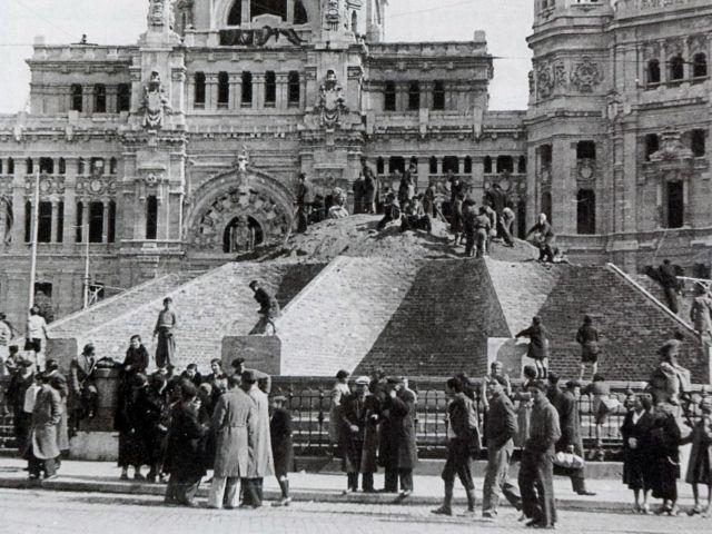 El turismo durante la Guerra Civil y el primer franquismo, 1936-1959
