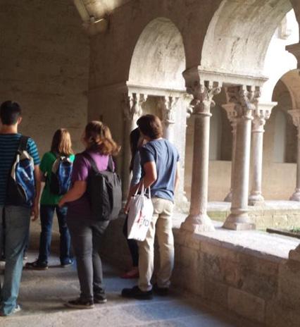 Anàlisi de les definicions de turisme cultural i de les formes de recompte dels turistes culturals.