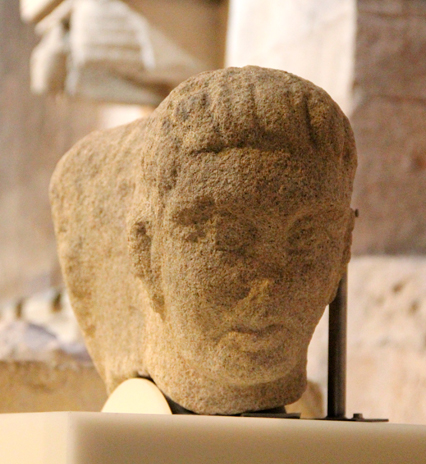 Anàlisi de l'organització dels museus d'arqueologia a Europa i del seu volum de visites.
